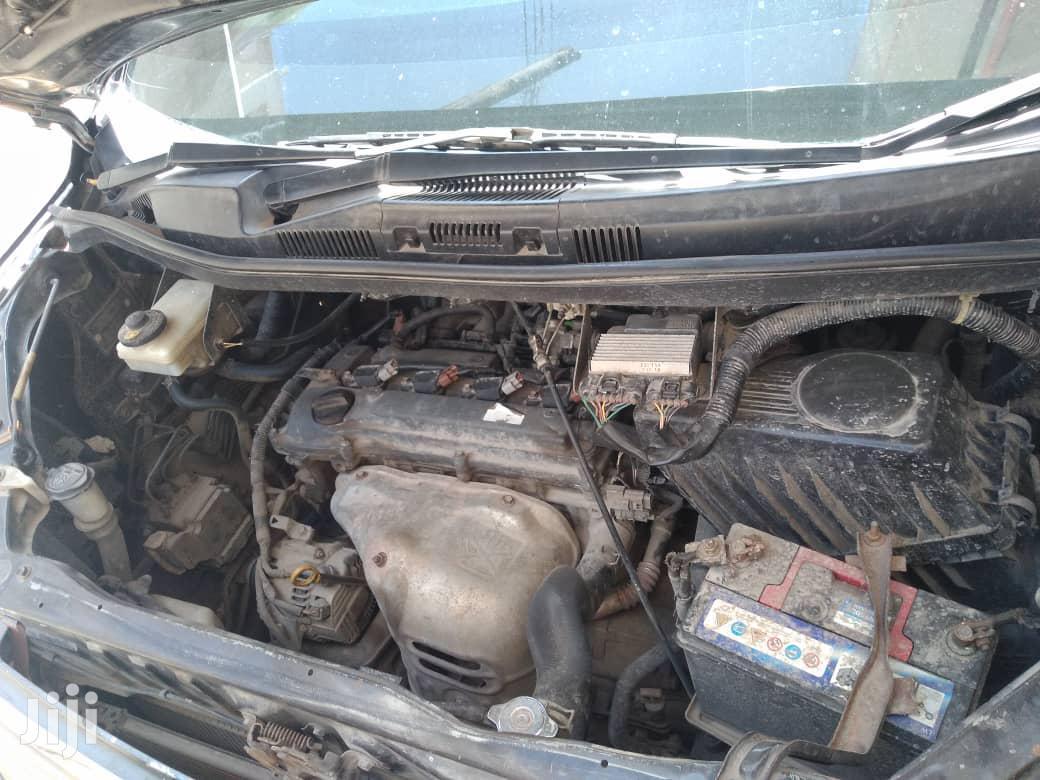 Archive: Toyota Voxy 2004 Black