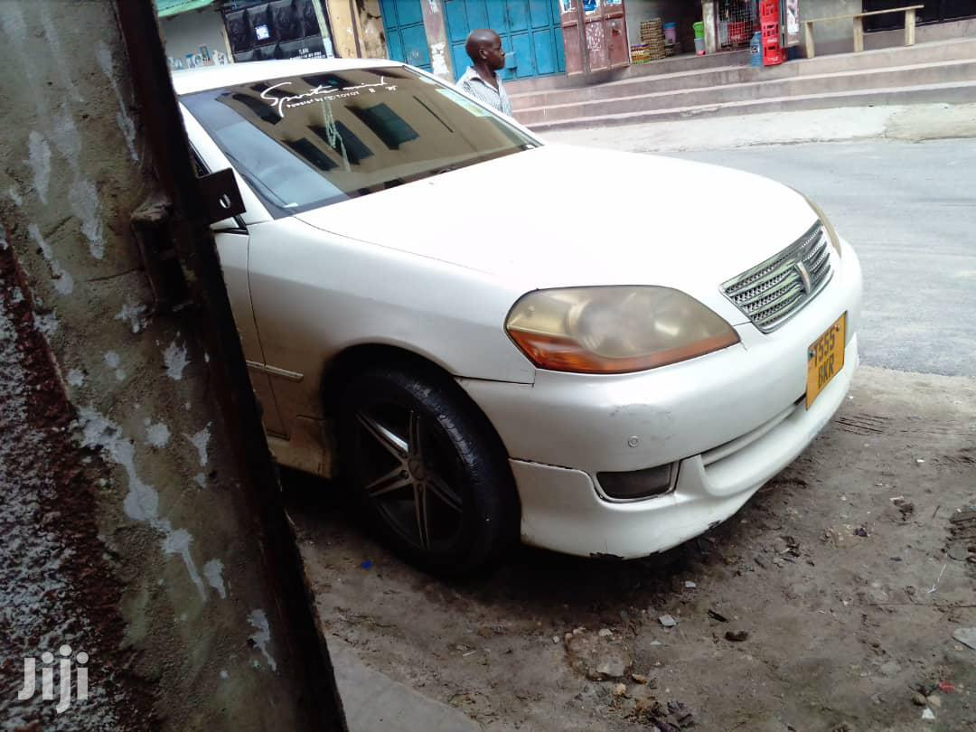 Archive: Toyota Mark II 2001 White