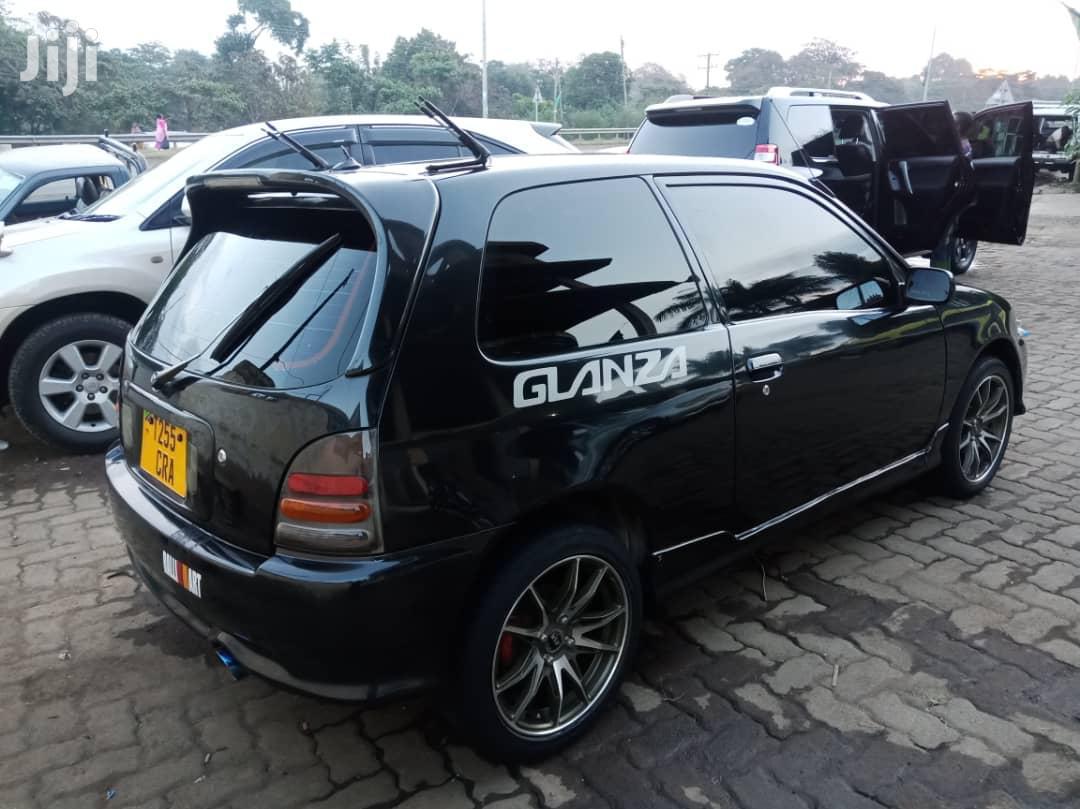 Archive: Toyota Starlet 2004 Black