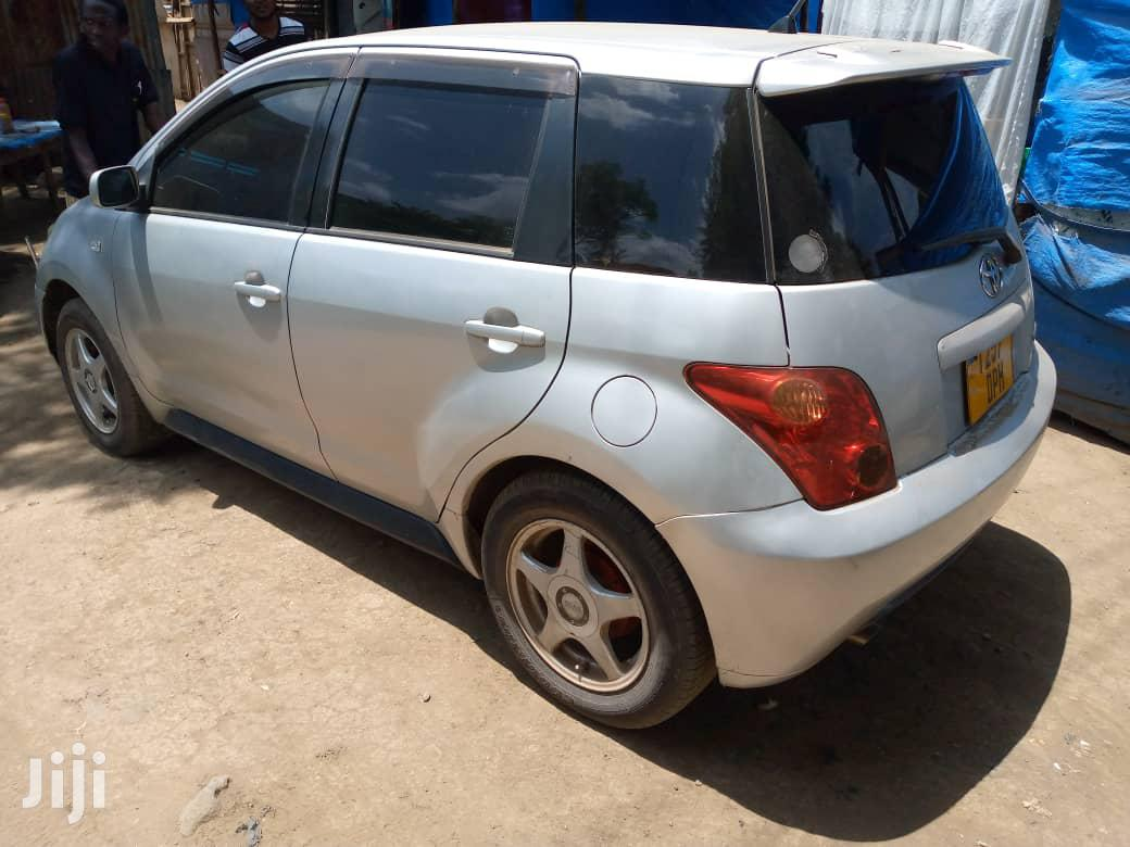 Archive: Toyota IST 2003 Silver