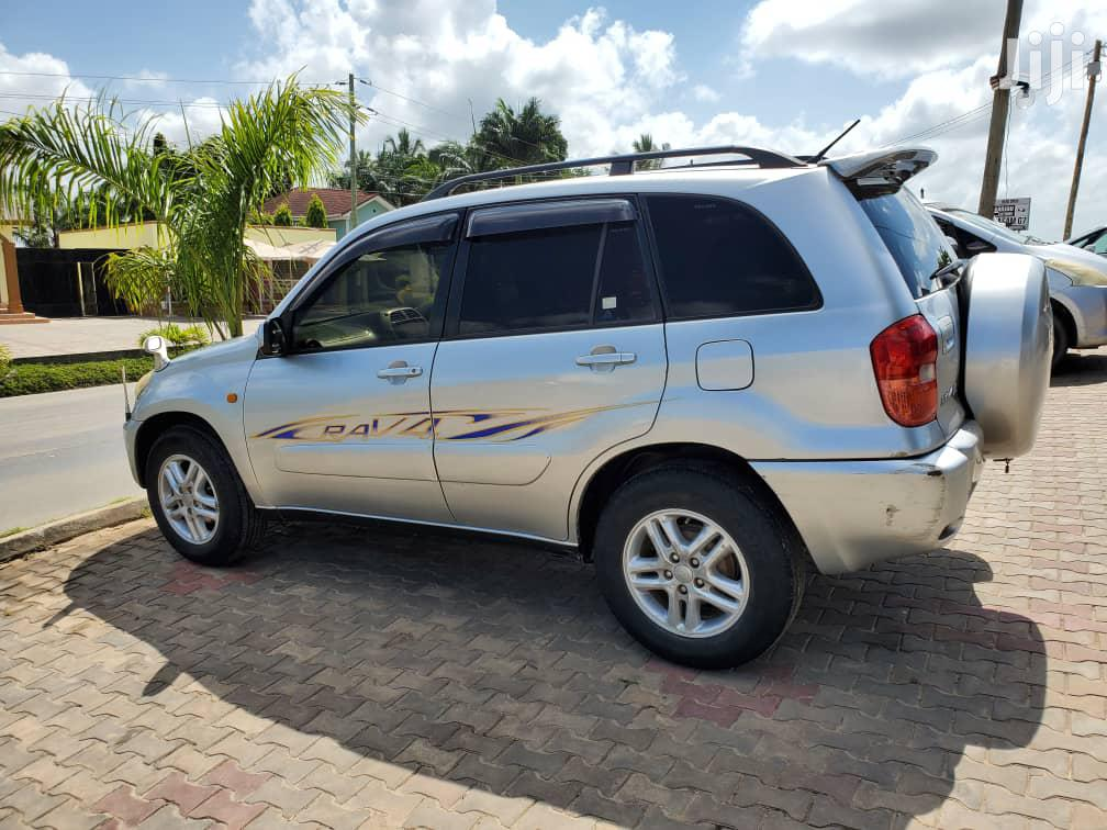 Toyota RAV4 2003 Automatic Silver | Cars for sale in Kinondoni, Dar es Salaam, Tanzania