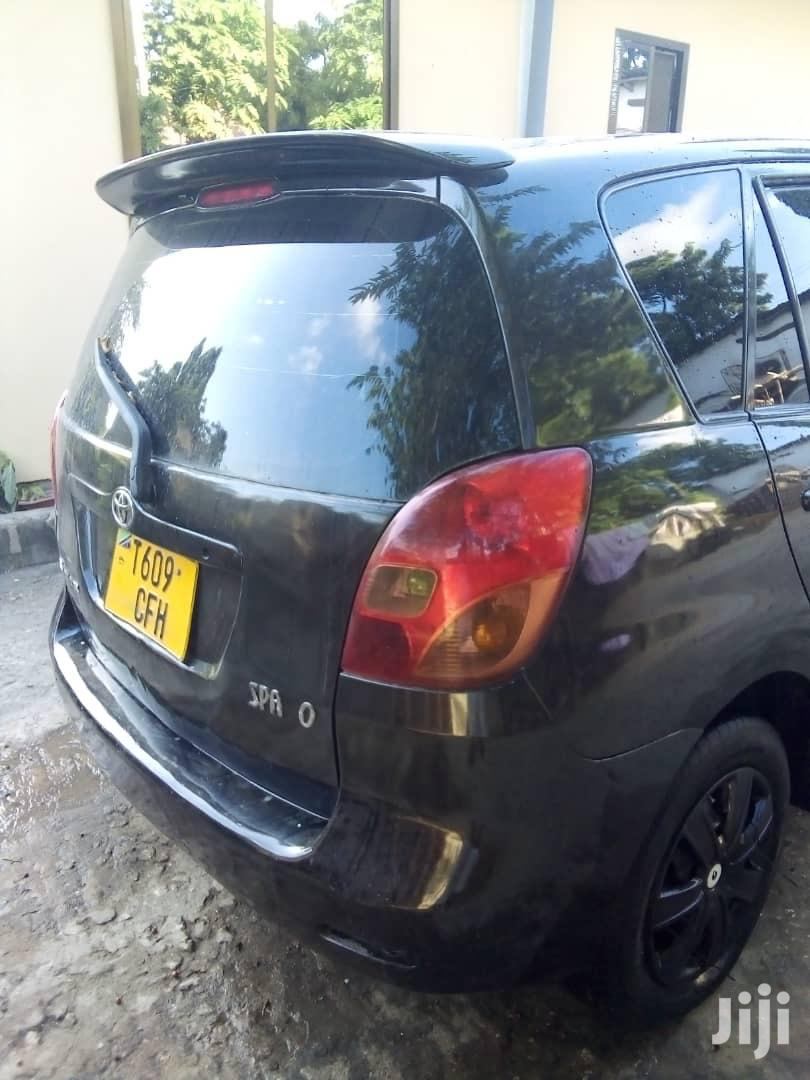 Archive: Toyota Corolla Spacio 2006 Black