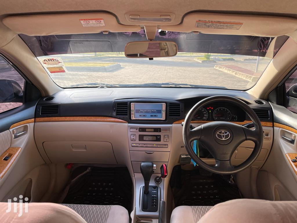 Archive: Toyota Corolla RunX 2006 Silver