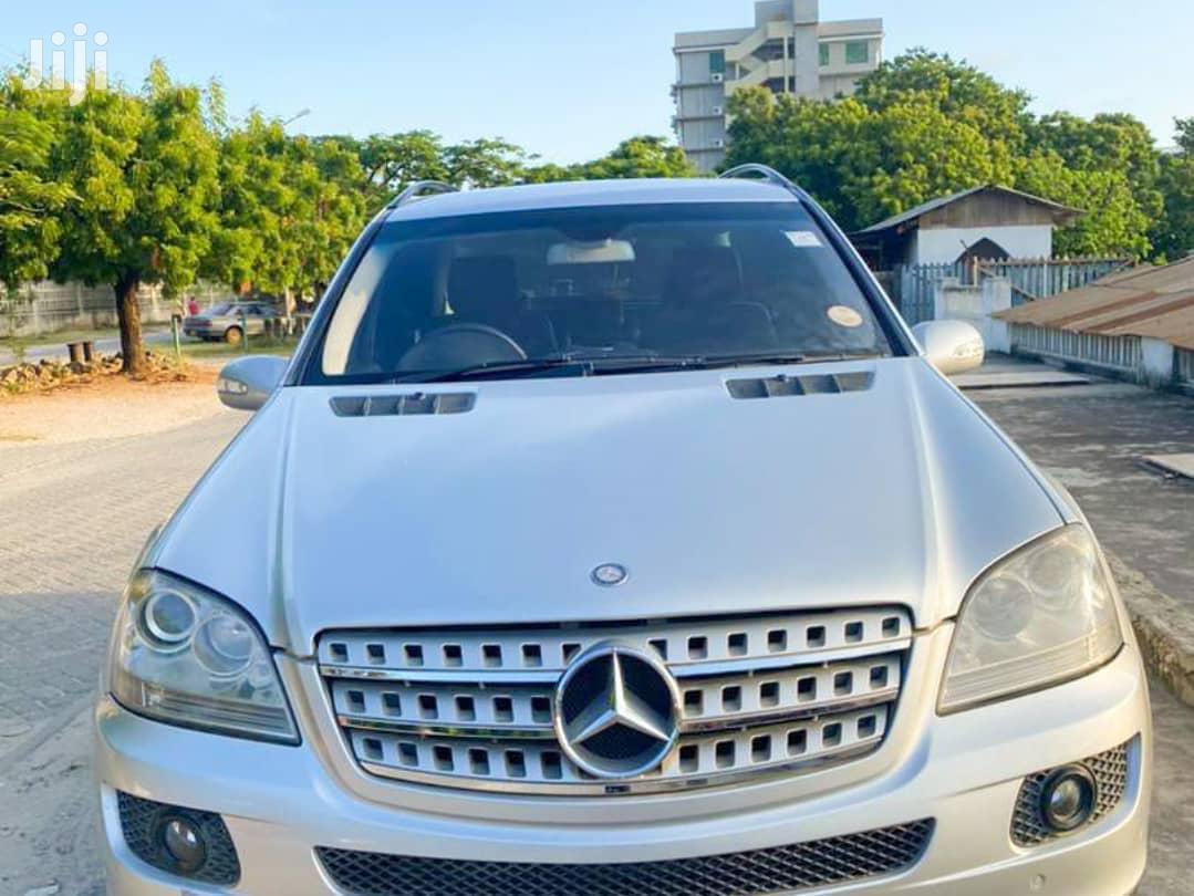 Archive: Mercedes-Benz M Class 2006 Silver
