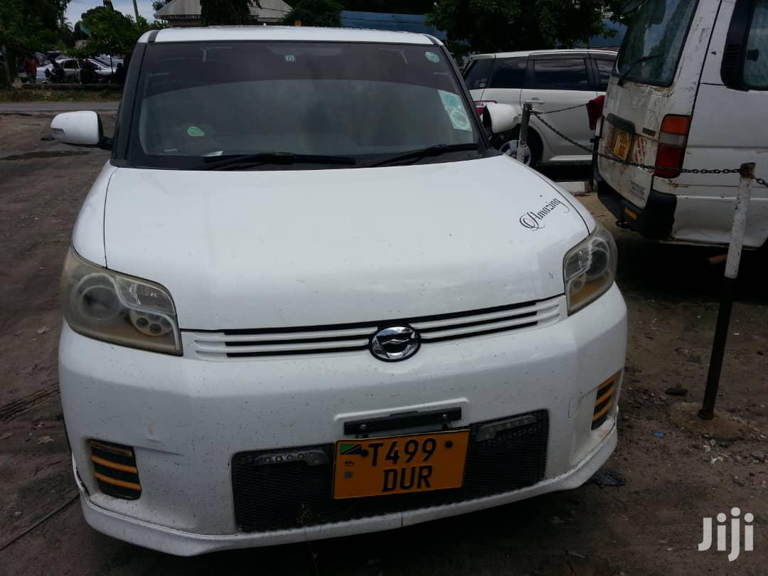 Archive: Toyota Corolla Rumion 2008 White