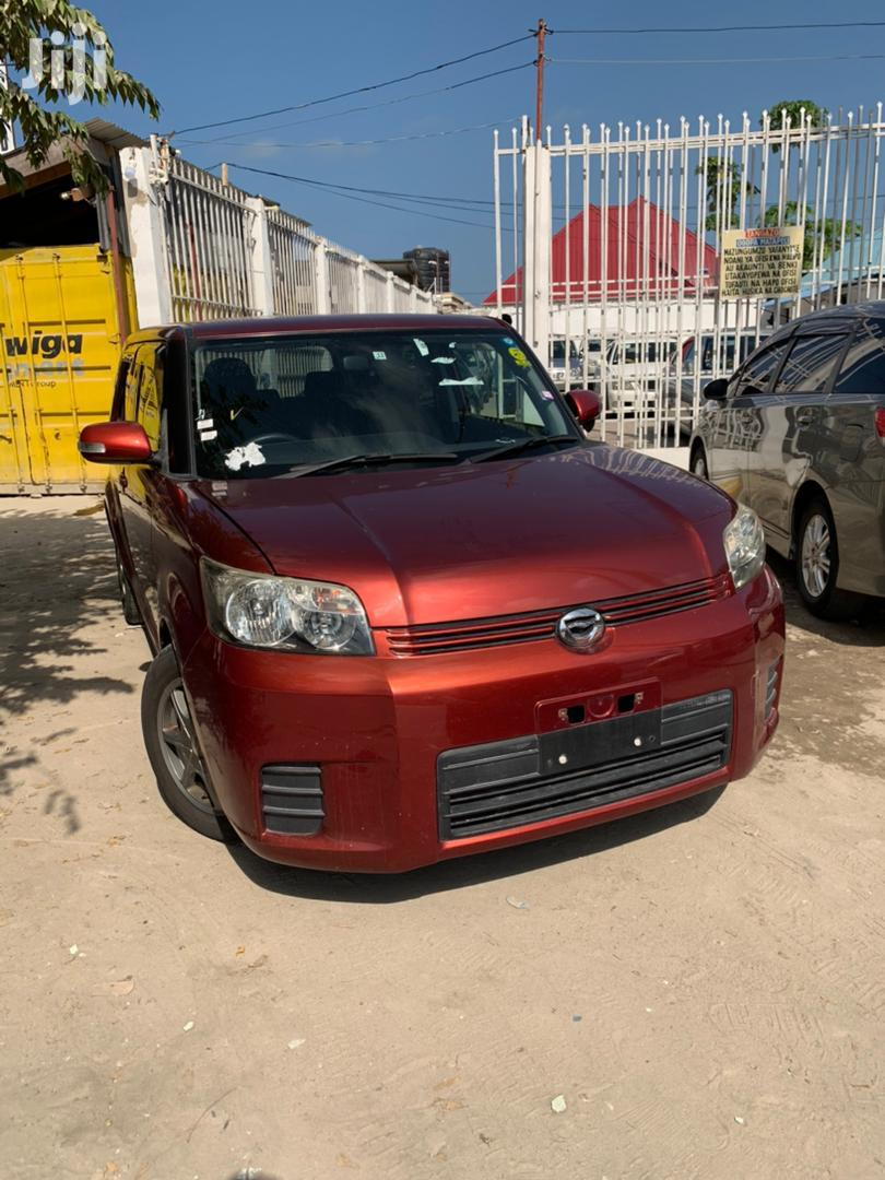 Archive: Toyota Corolla Rumion 2008 Orange