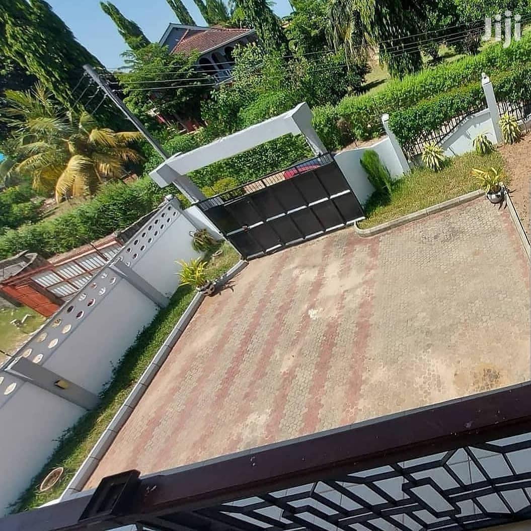 House for Sale at Mbezi Beach Dar Es Salaam | Houses & Apartments For Sale for sale in Mbezi, Kinondoni, Tanzania