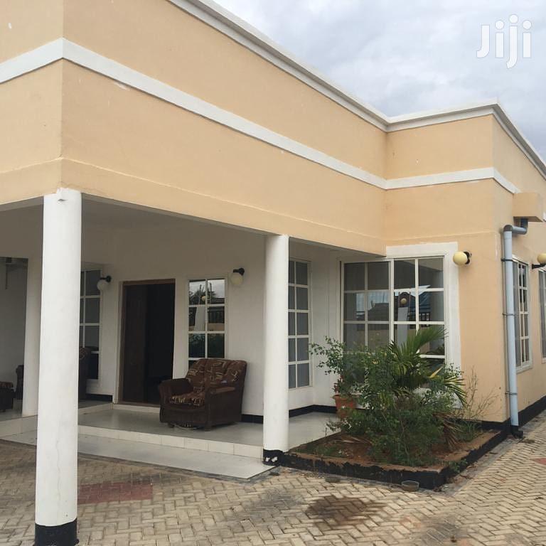 Nyumba Inauzwa Kisasa Dodoma | Houses & Apartments For Rent for sale in Dodoma Rural, Dodoma Region, Tanzania