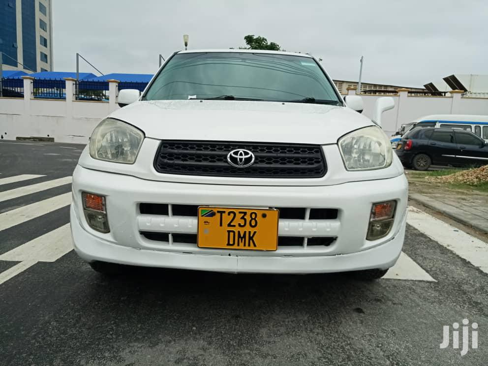 Archive: Toyota RAV4 2000 Automatic White