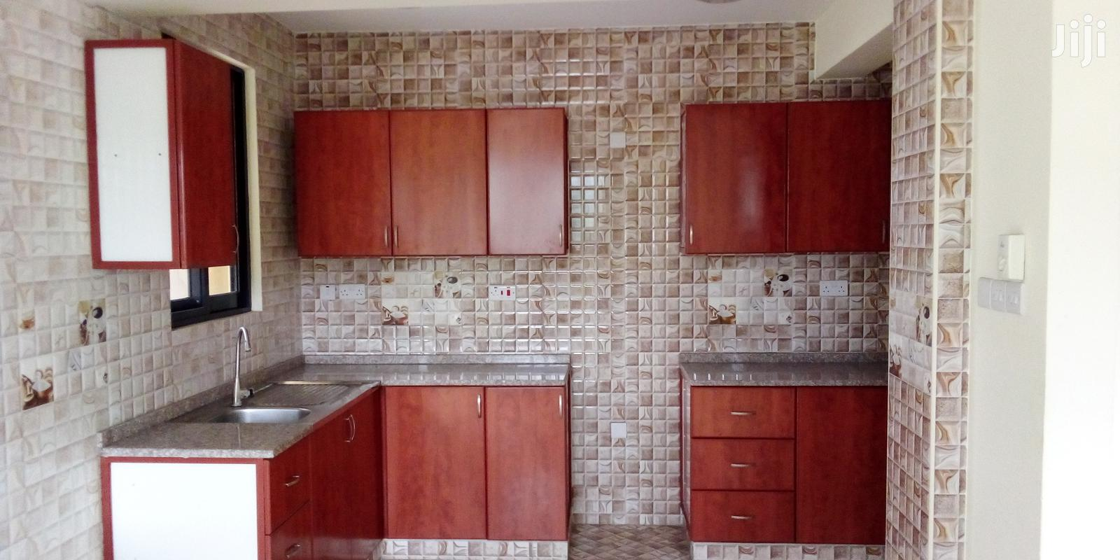 Specious 3 Bedrooms Semi Furnished for Sale at Kariakoo