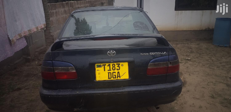 Archive: Toyota Corolla 1999 Automatic Gray