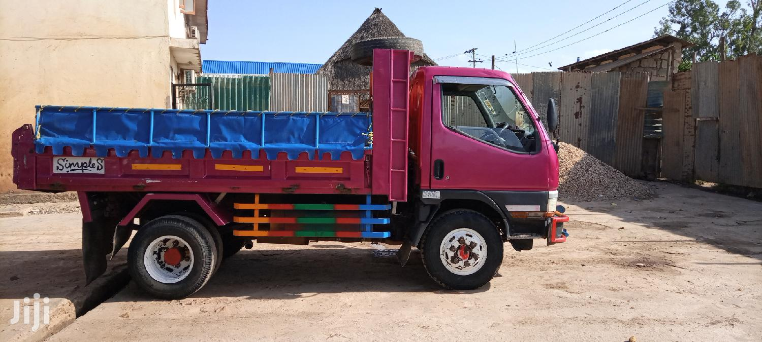 Archive: Mitsubishi Canter Tipper Truck 1999 For Sale