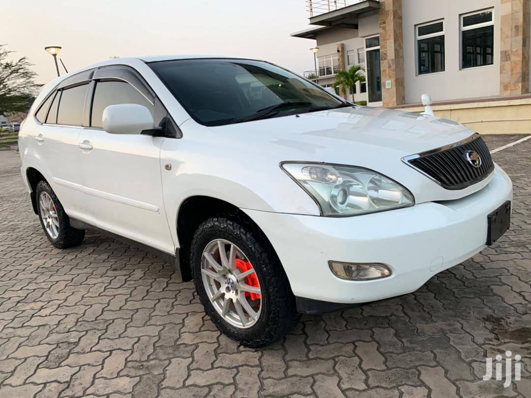 Archive: Toyota Harrier 2005 White