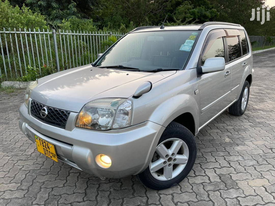Archive: Nissan X-Trail 2003 Beige