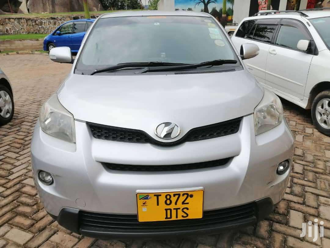 Archive: Toyota IST 2010 Silver