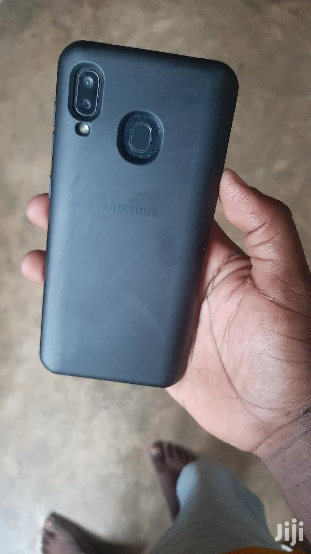 Archive: Samsung Galaxy A20 32 GB Black