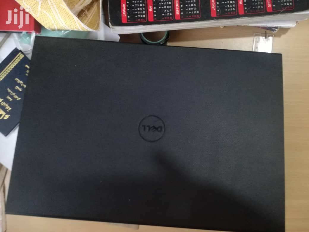 Archive: Laptop Dell Inspiron 15 3000 4GB Intel Celeron HDD 500GB