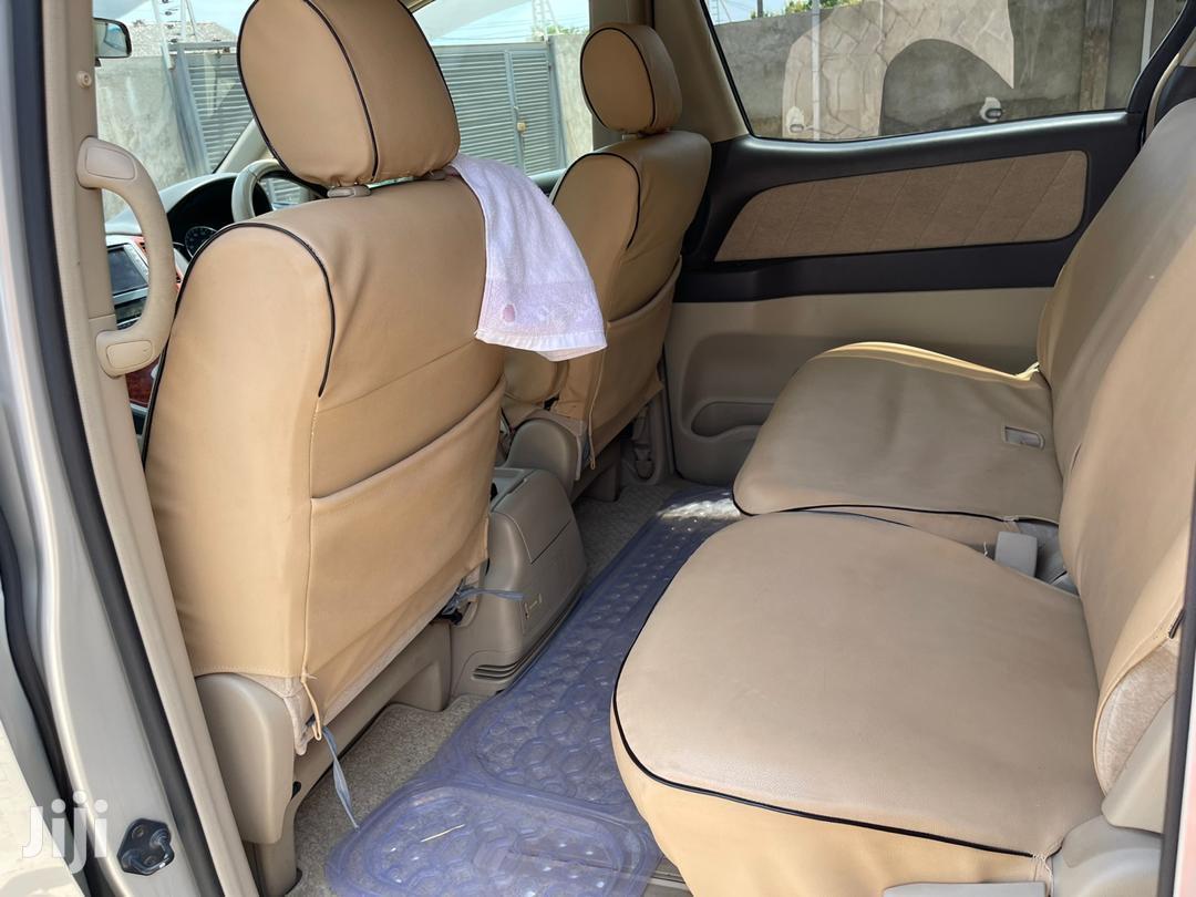 Archive: Toyota Alphard 2005 Silver