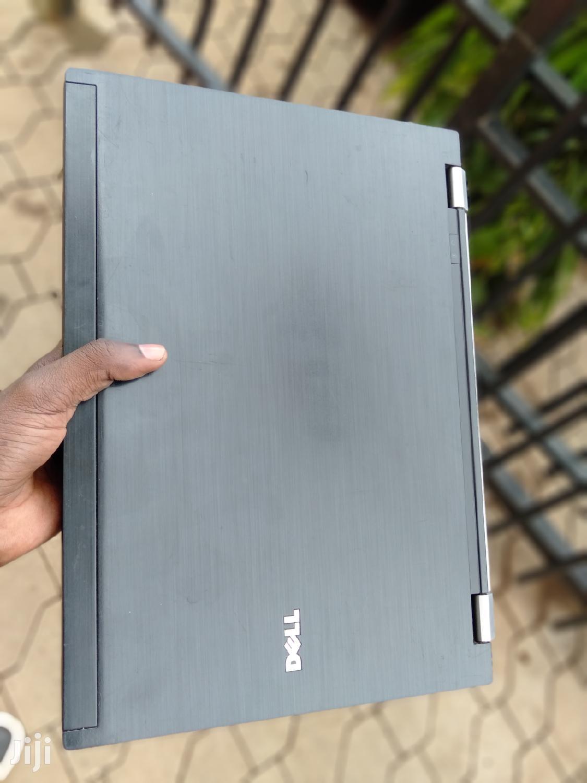 Archive: Laptop Dell Latitude E6400 4GB Intel Core 2 Duo 320GB