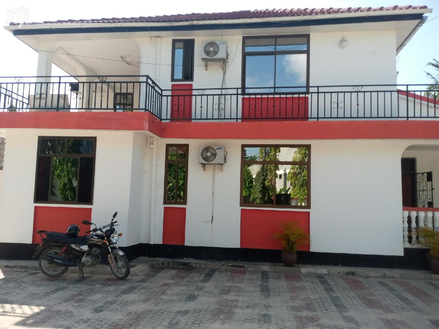 5bedrooms House For Rent At Mikocheni