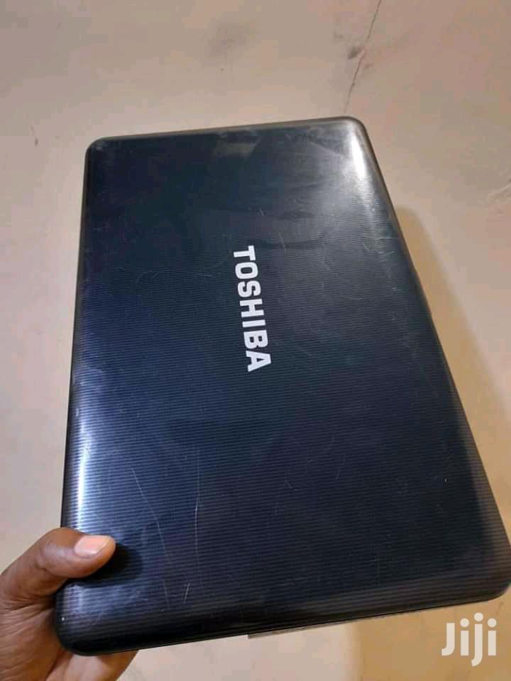 Archive: Laptop Toshiba C50 4GB Intel Core 2 Duo HDD 320GB
