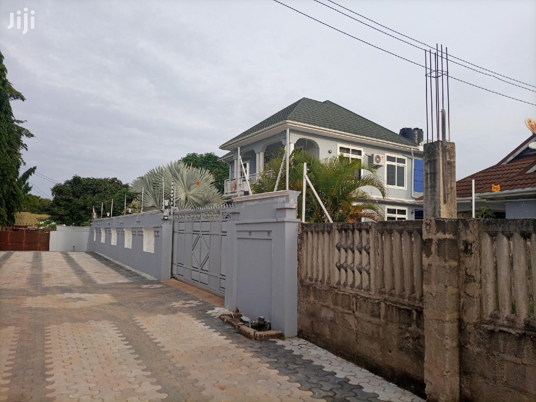Jengo La Gorofa Linauzwa Mbezi Bechi Kwa Zena Mbezi Kwa Zena   Houses & Apartments For Sale for sale in Kinondoni, Dar es Salaam, Tanzania