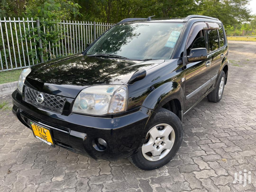 Nissan X-Trail 2003 Black