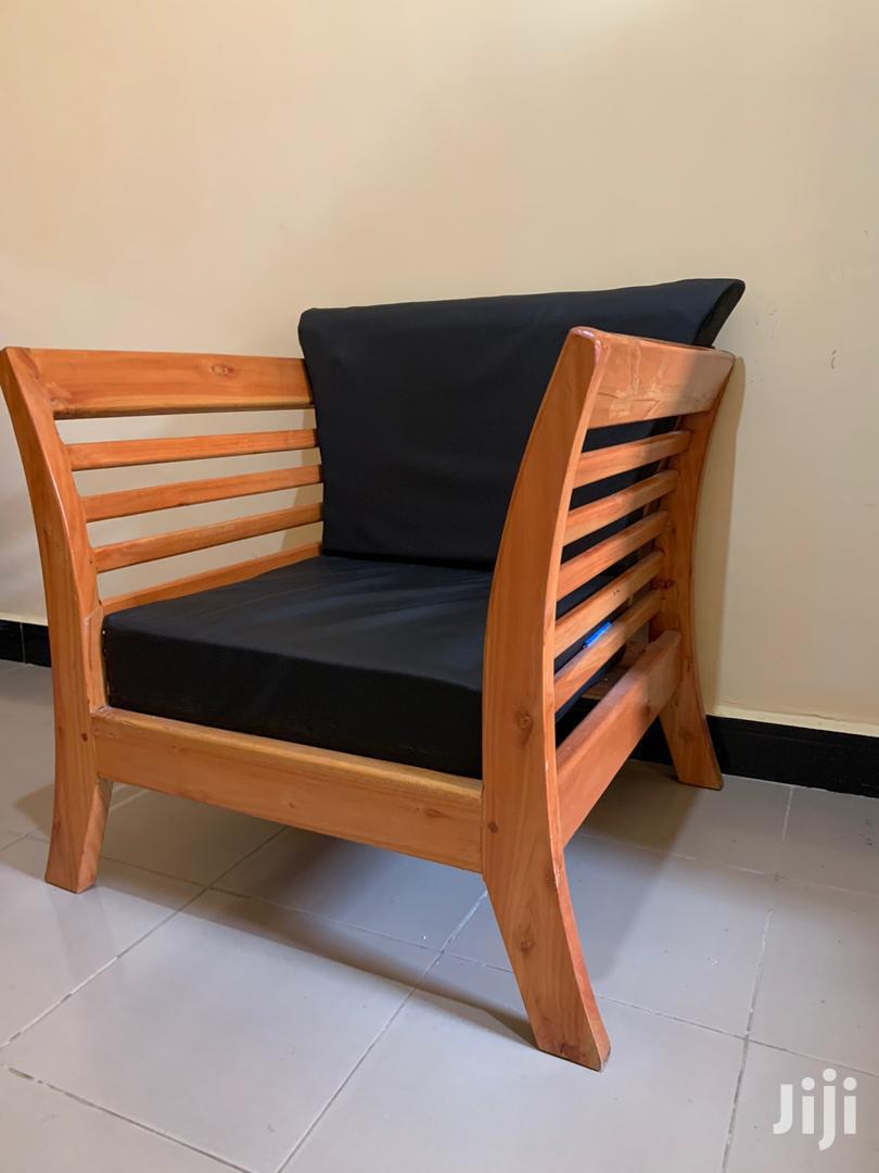 Sofa Ya Mbao Imara