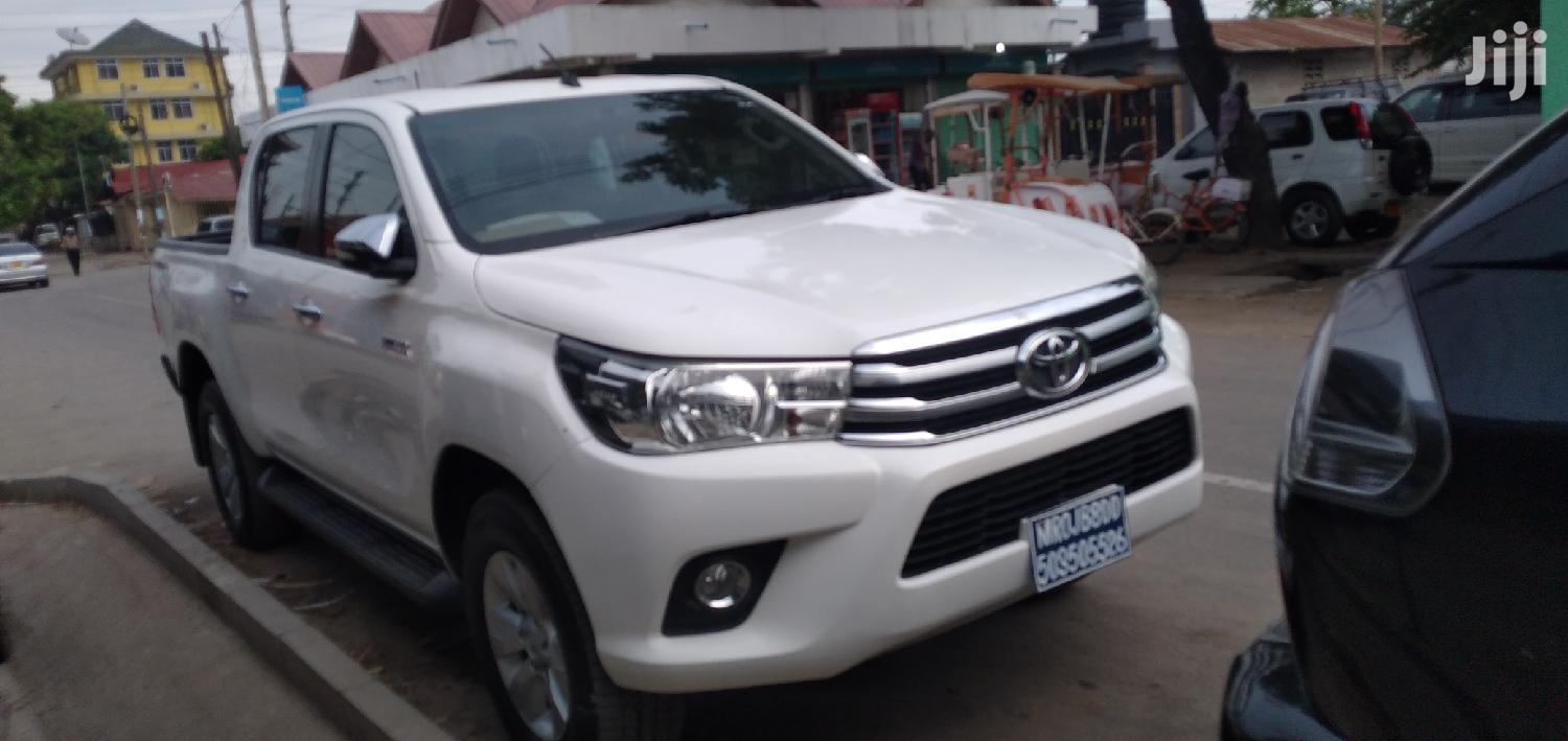 Toyota Hilux 2016 White | Cars for sale in Kinondoni, Dar es Salaam, Tanzania