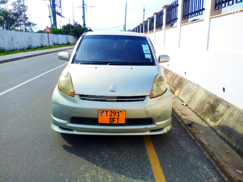 Archive: Toyota Passo 2005 Silver