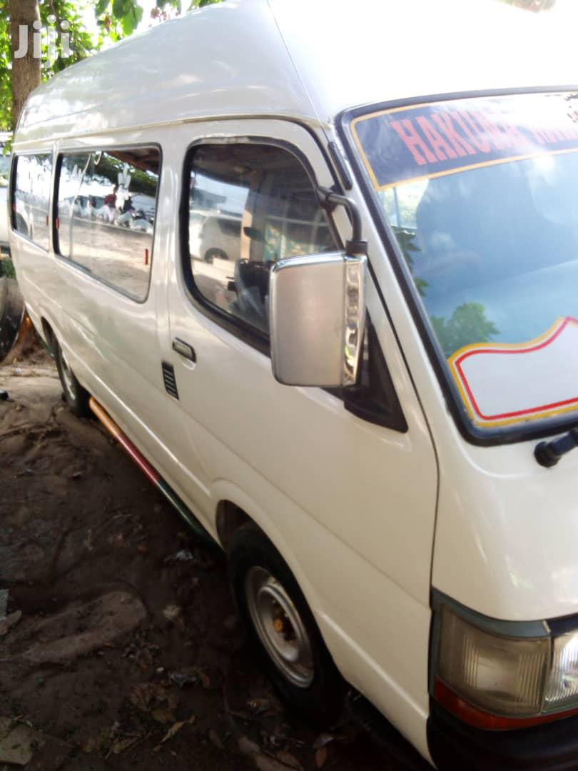 Hiace Commuter | Buses & Microbuses for sale in Kinondoni, Dar es Salaam, Tanzania