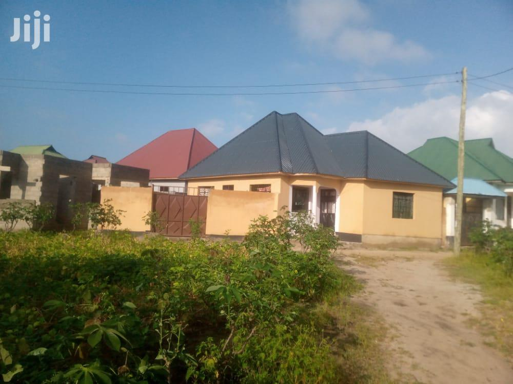 3bedrooms Livingroom Kitchen Master Public Toilets | Houses & Apartments For Rent for sale in Kinondoni, Dar es Salaam, Tanzania