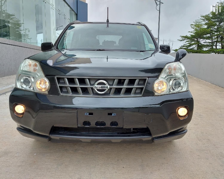 Archive: Nissan X-Trail 2008 2.0 Automatic Black