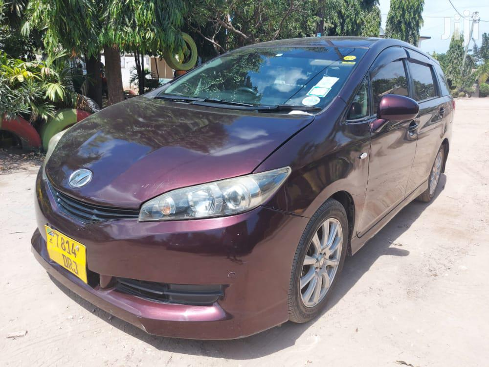 Archive: Toyota Wish 2010 Brown