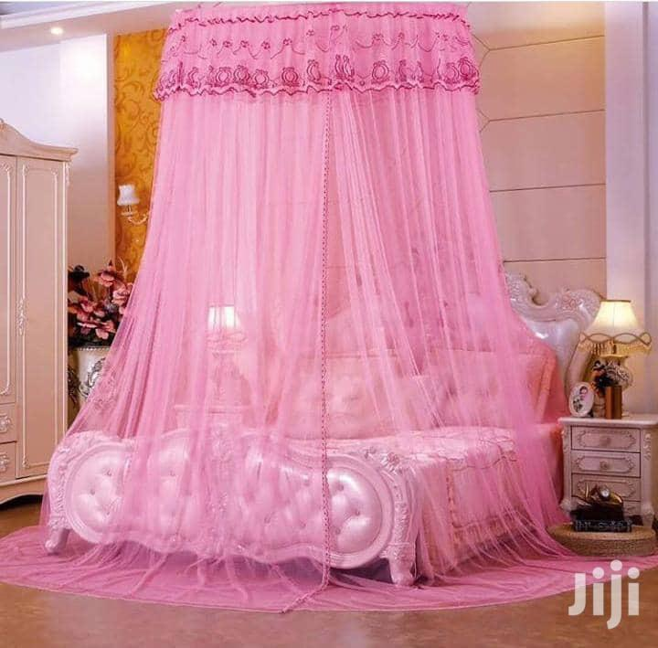 Mosquito Net Round Pink Color