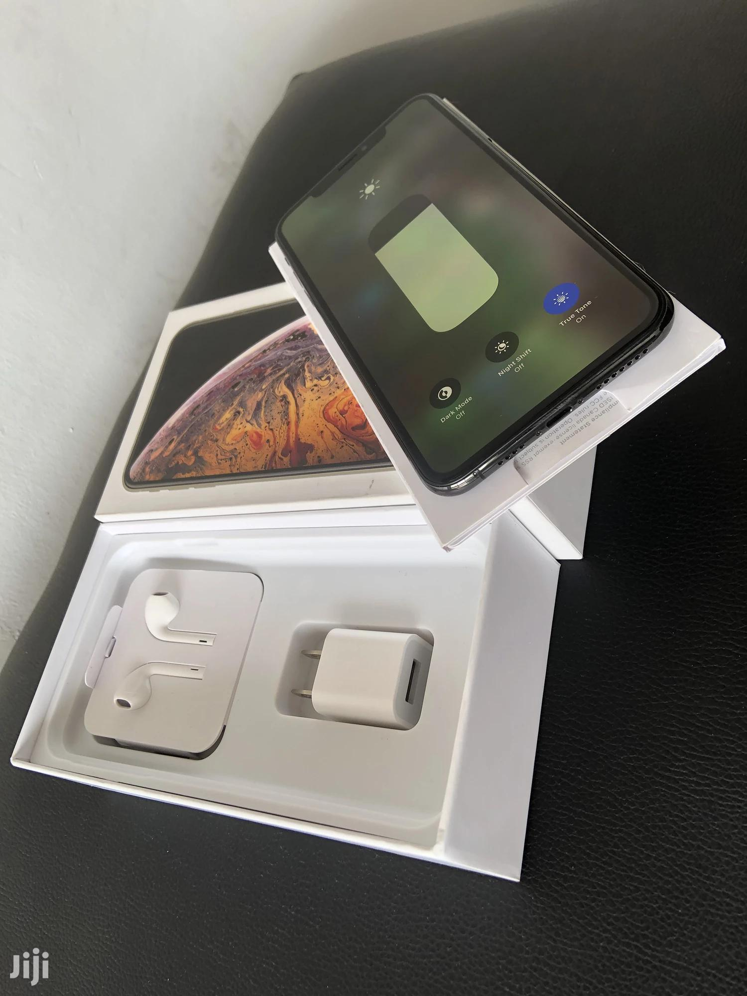 New Apple iPhone XS Max 64 GB Black   Mobile Phones for sale in Kinondoni, Dar es Salaam, Tanzania
