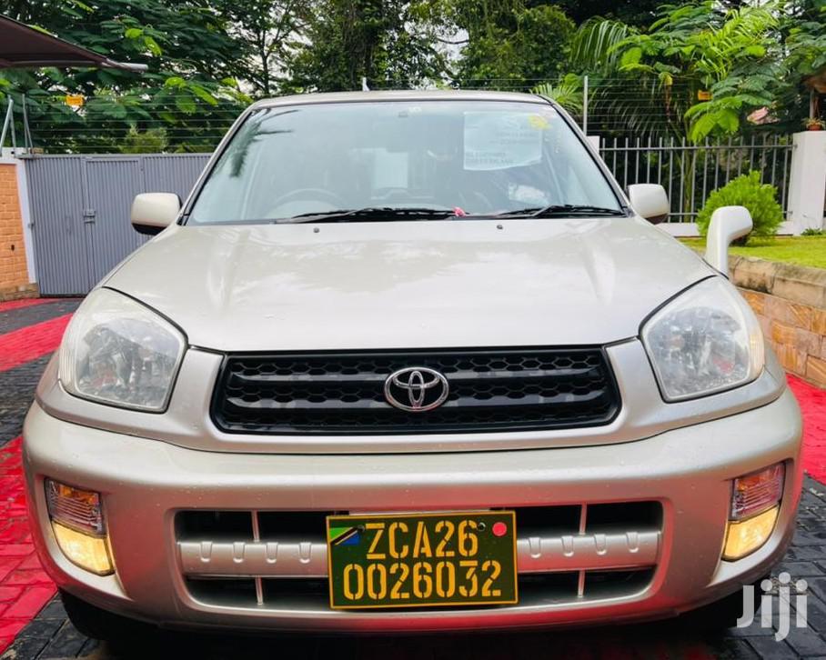 Toyota RAV4 2003 Automatic Gold