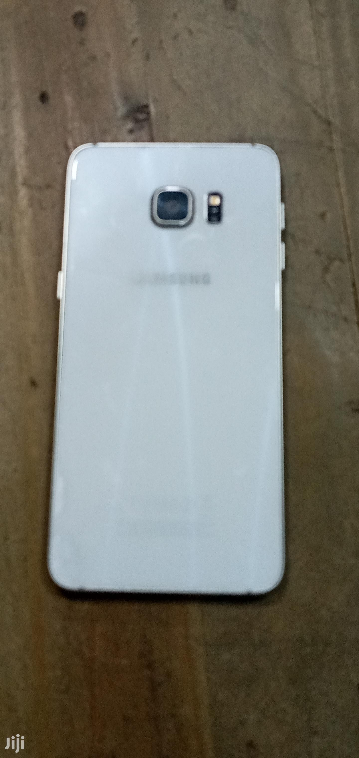 Archive: Samsung Galaxy A3 16 GB White