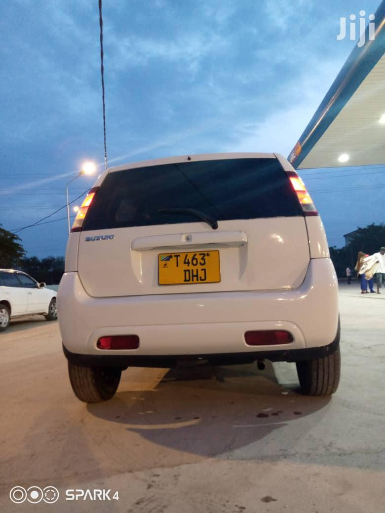 Suzuki Swift 2004 White | Cars for sale in Kinondoni, Dar es Salaam, Tanzania
