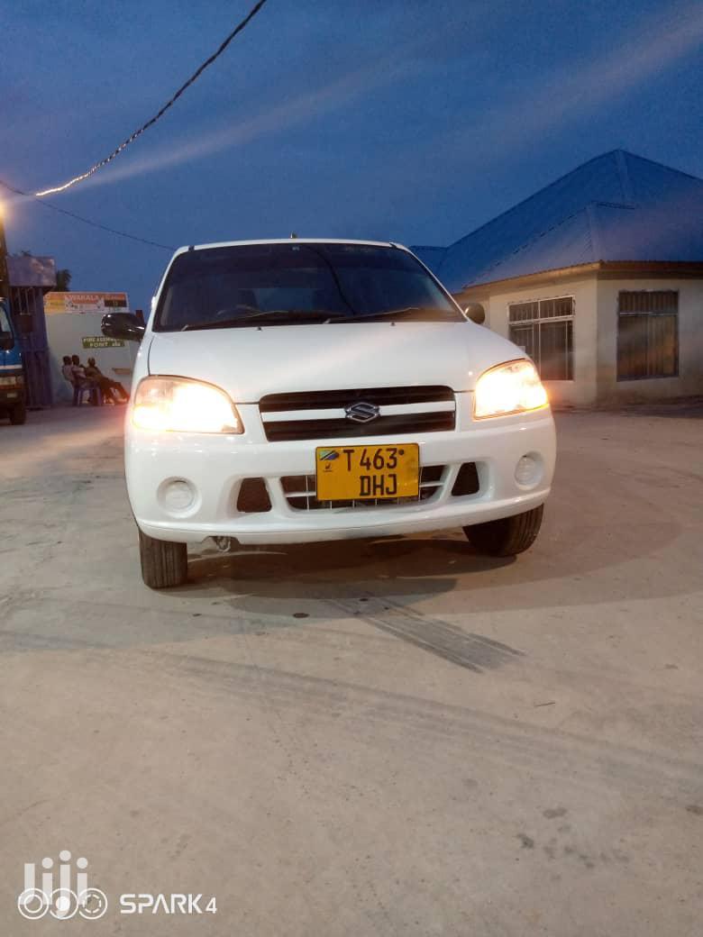 Suzuki Swift 2004 White