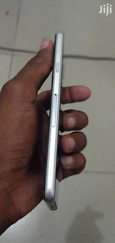 Archive: Samsung Galaxy A7 16 GB Black