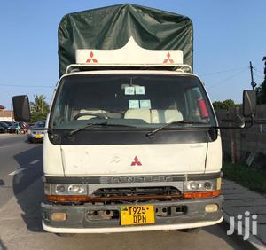 Mitsubishi Canter Truck Tan 3.5 Nzuri Sana | Trucks & Trailers for sale in Dar es Salaam, Kinondoni