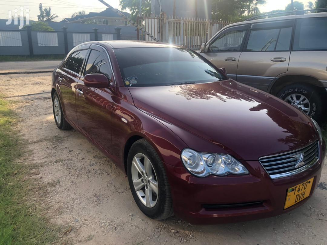 Archive: Toyota Mark X 2010 Red