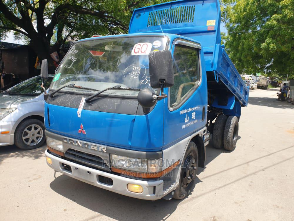 Mitsubishi Canter 1994 Blue | Trucks & Trailers for sale in Kinondoni, Dar es Salaam, Tanzania