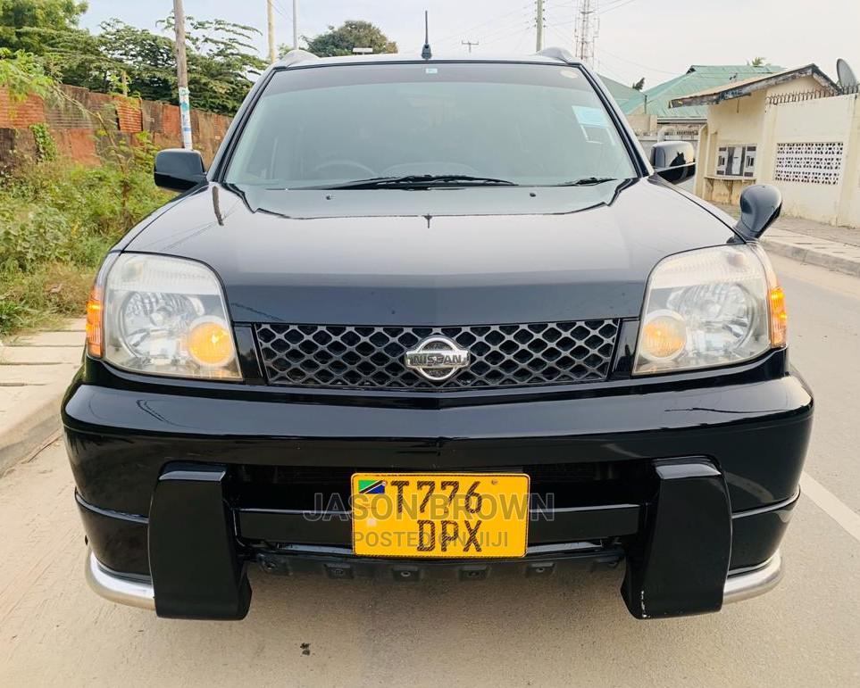 Nissan X-Trail 2004 Black