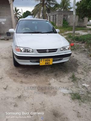 Toyota Corolla 2000 1.9 D Sedan White | Cars for sale in Tabora Region, Sikonge