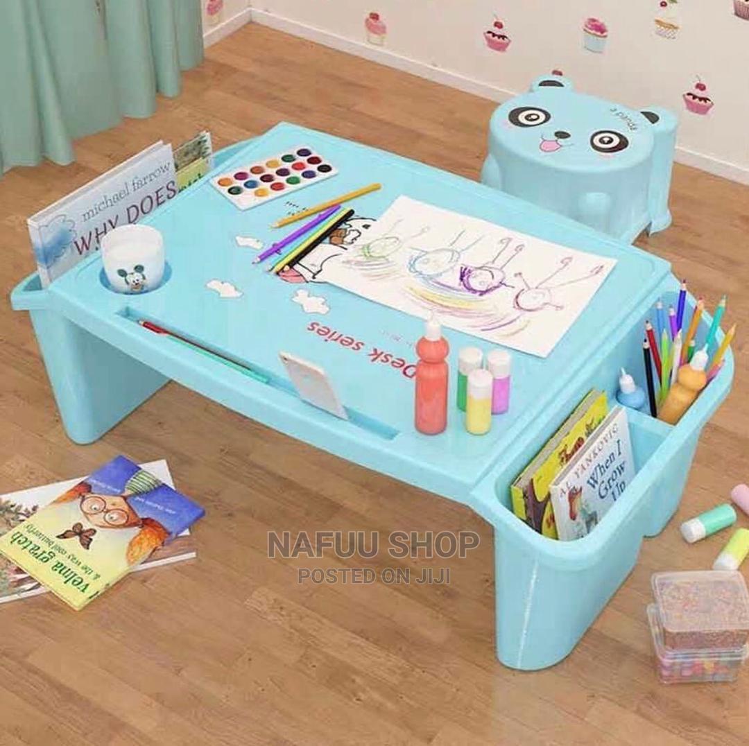 Portable Multipurpose Plastic Table