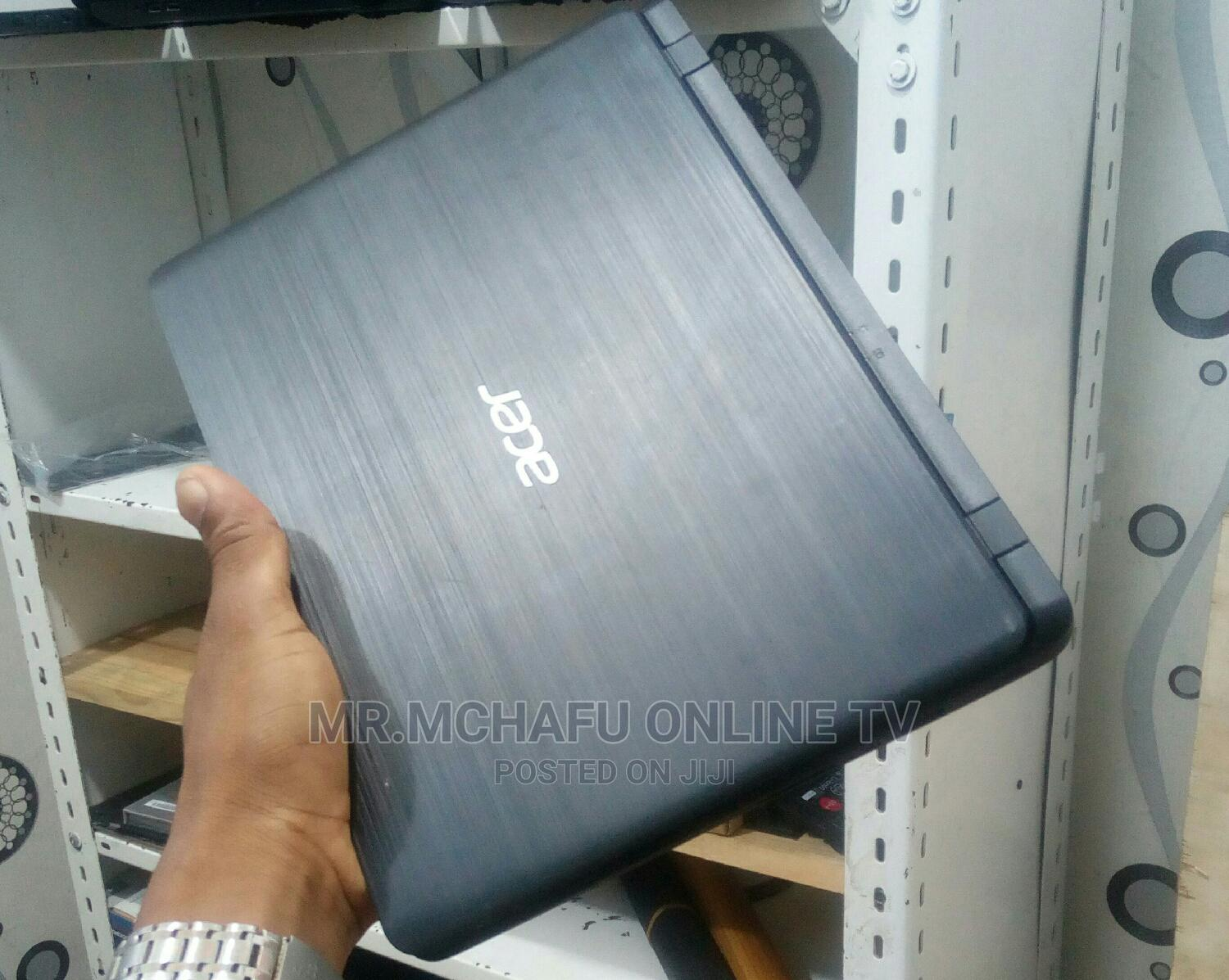 Archive: Laptop Acer Aspire 3 4GB Intel Celeron HDD 320GB
