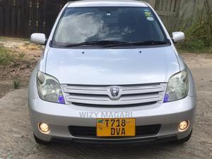 Toyota IST 2004 Silver   Cars for sale in Dar es Salaam, Kinondoni
