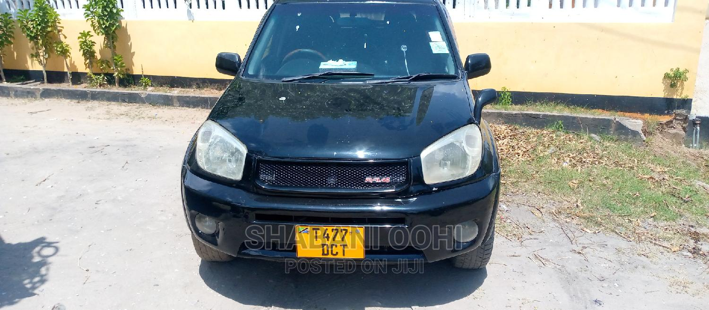 Archive: Toyota RAV4 2005 2.0 Automatic Black